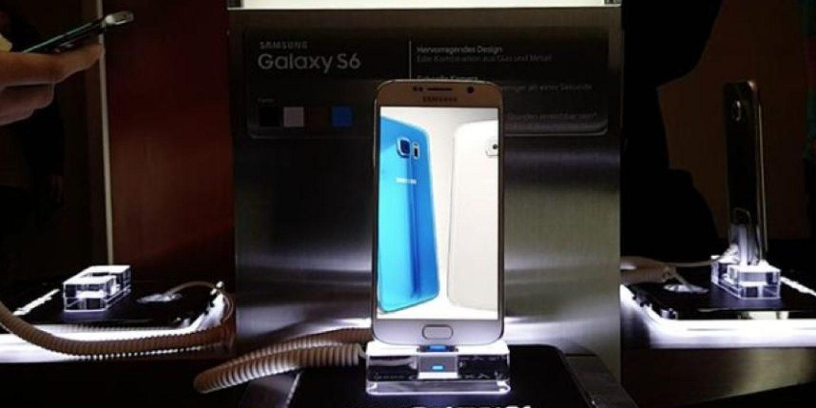 Su cuerpo se compone de aluminio de alta durabilidad. Foto:twitter.com/SamsungMobile