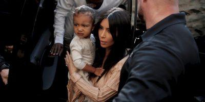 Kim Kardashian y su hija North West llegan en Jerusalén Foto:AFP