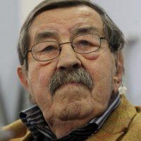 Ganador del Premio Nobel de Literatura en 1999. Foto:Getty Images