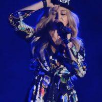 """Dos meses antes del lanzamiento oficial, la cantante de 56 años agradeció al rapero con una publicación en Instagram, donde mencionó: """"¡Solo hay una reina! #PerraYoSoyMadonna Te amo también"""". Foto:Getty Images"""