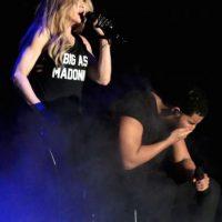 Cuando el beso terminó, Drake reaccionó con una mueca de asco Foto:Getty Images