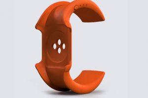 Esta es la banda de polímero sola. Los desarrolladores aseguran que también sirve de protección para el gadget. Foto:wiPowerBand, Inc.