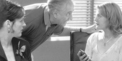 Garry Marshall era Rigfort, el despiadado dueño del periódico de Josie. Foto:vía Flower Films
