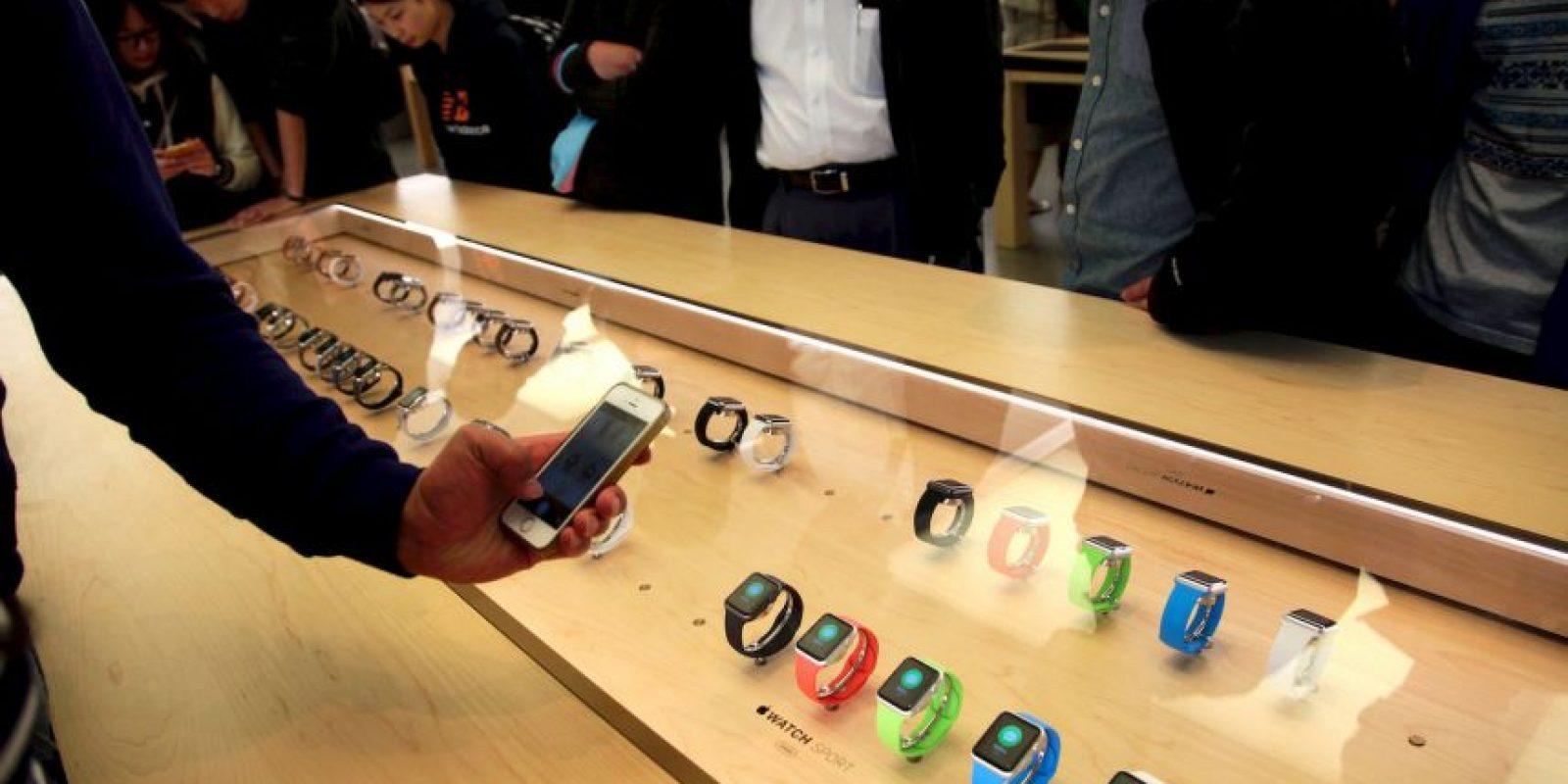 Desde el pasado 12 de abril se informó sobre la cifra de ventas alcanzada por el smartwatch de Apple, la cual ya supera el millón de unidades solicitadas. Foto:Getty Images