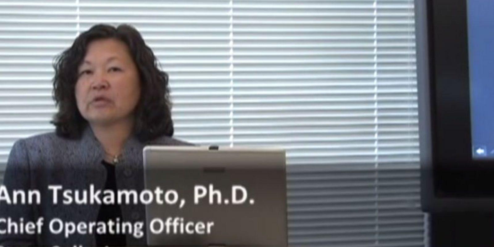 Ann Tsukamoto. Formó parte del equipo que desarrolló el proceso para aislar las células madre con efectividad. Las células madre se encuentran en la médula ósea y servirán de base para el crecimiento de las células rojas y blancas de la sangre. Foto:Youtube