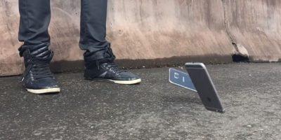 Samsung Galaxy S6 Edge y iPhone 6 en caída libre. Foto:EverythingApplePro