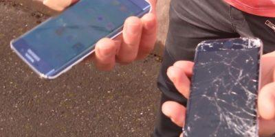 Samsung Galaxy S6 Edge y iPhone 6 tras ser dejados caer al suelo. Foto:EverythingApplePro