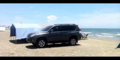 La Congresista que estacionó su camioneta en mitad de la playa en Cartagena.