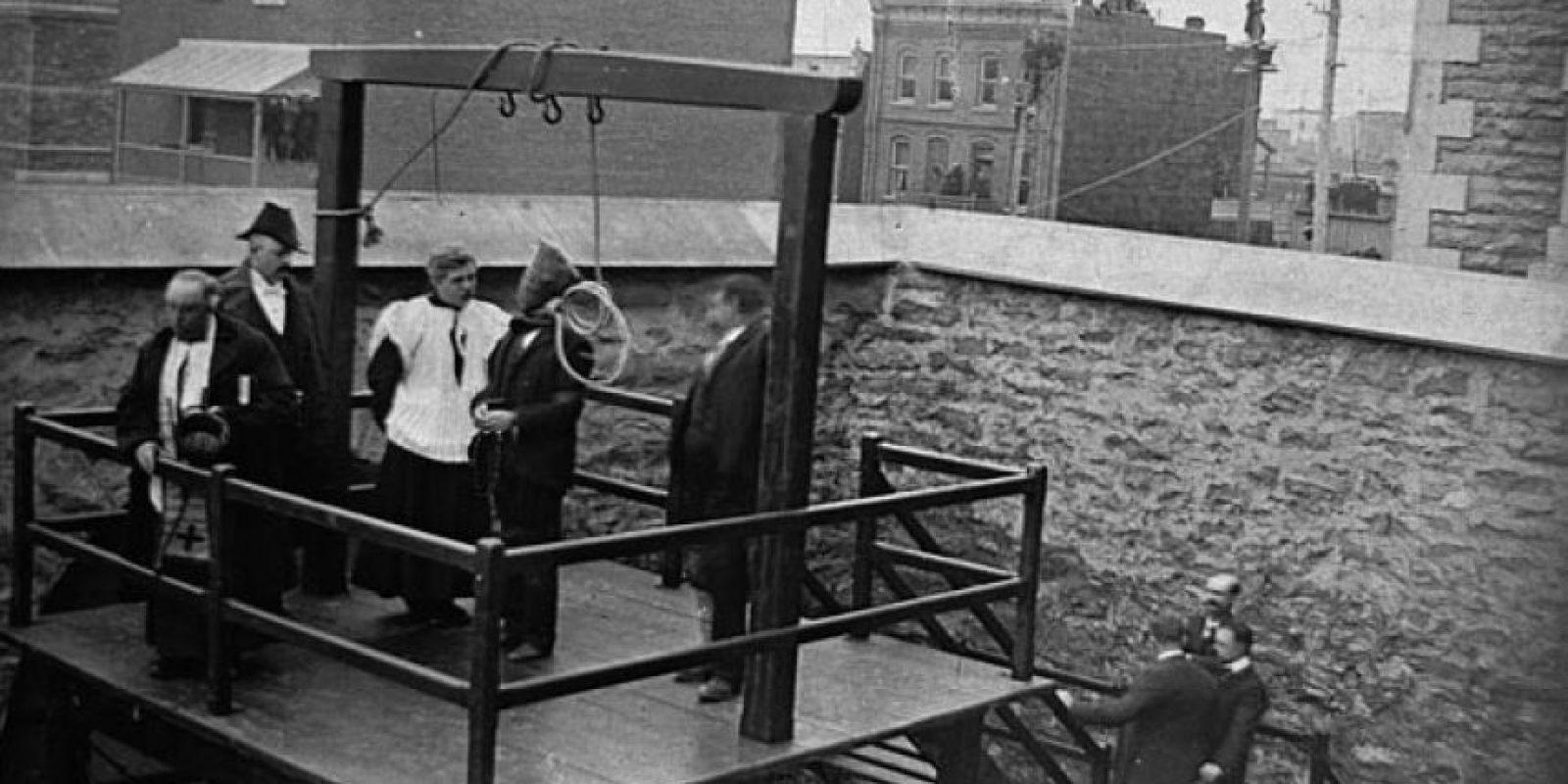 11 de diciembre: Se lleva a cabo la última ejecución en la horca en Canadá Foto:Wikimedia.org