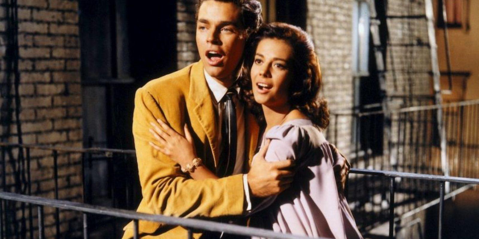 """9 de abril. En la ceremonia número 34 de los Premios Oscar, """"West Side Story"""" gana el premio a Mejor Película. Foto:United Artists"""