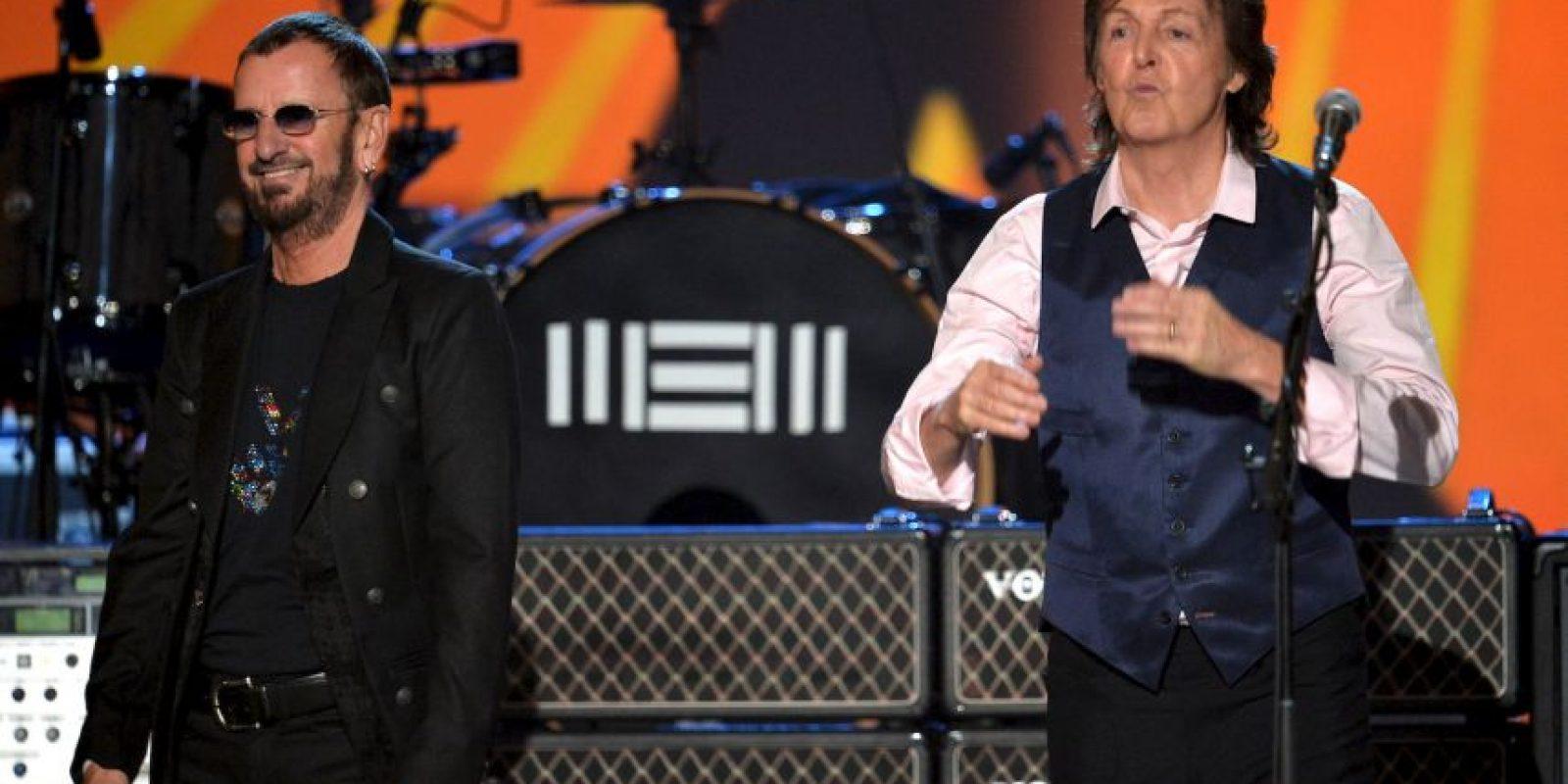 2014; durante la entrega del Premio Grammy, ya que se cumplieron 50 años de su llegada a Estados Unidos Foto:Getty Images