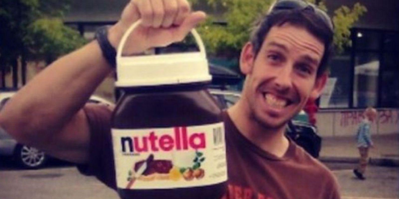 """Corte prohíbe a padres bautizar a su hija con el nombre de """"Nutella"""". Un juzgado en Francia decidió que el nombre """"Nutella"""" era una marca registrada y que era """"contrario a los intereses de una niña usar un nombre que pueda convertirse en motivo de burlas"""". Los hechos sucedieron en enero de 2015. Foto:vía Twitter"""