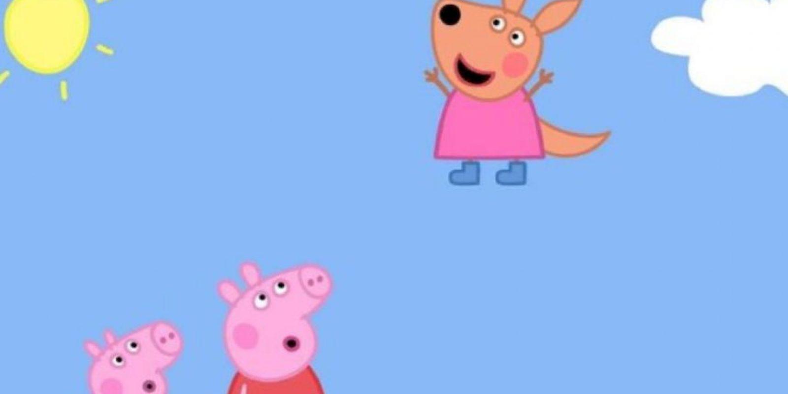"""Padres aseguran que """"Peppa Pig"""" le enseñó groserías a su hijo.En marzo de este año la famosa cerdita """"Peppa Pig"""" se vio involucrada en un escándalo. Una familia de Londres reportó que su hijo aprendió a decir una grosería después de jugar con una tableta del personaje. Foto:vía Facebook.com/Discoverykidsla"""