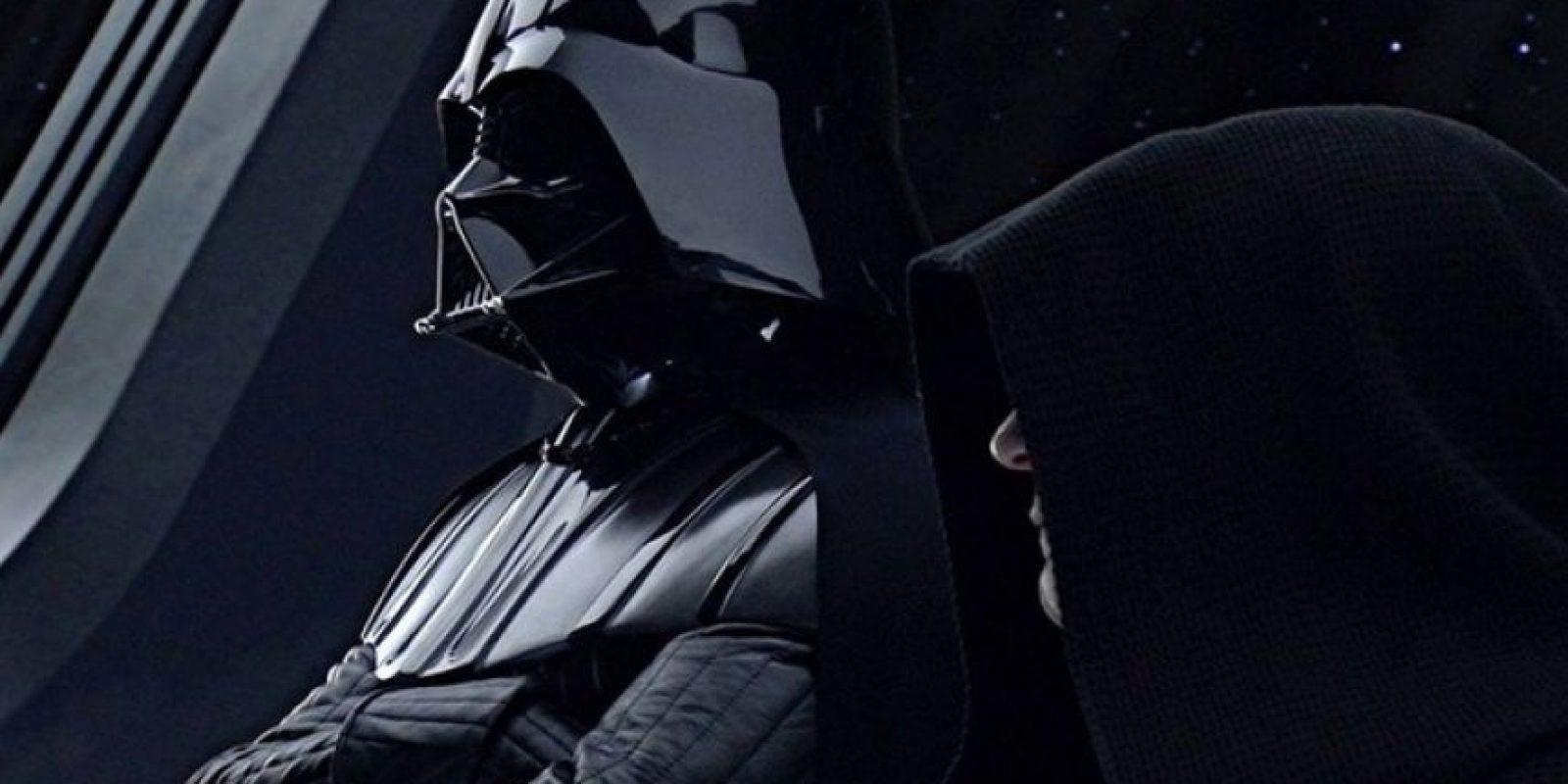 """En el teaser revelado aparece la """"Estrella de la Muerte"""" original acechar un planeta Foto:Facebook/StarWars.LATAM"""
