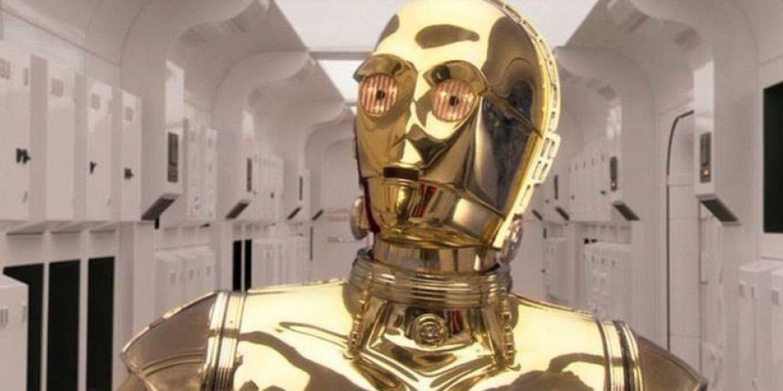 C-3PO es un androide diseñado para el servicio de los humanos Foto:Facebook/StarWars.LATAM