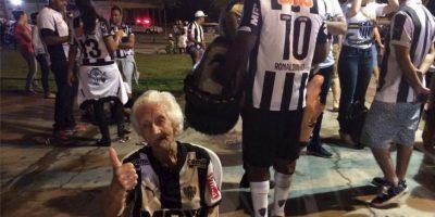 La abuela del Gallo, como apodan al Atlético Mineiro Foto:Vía facebook.com/VovoDoGalo