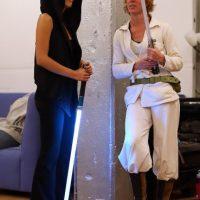 """Existen clases para enseñar a usar la """"Espada Laser"""". Muchos de estos talleres se imparten en las convenciones celebradas en los Estados Unidos. Foto:Getty Images"""