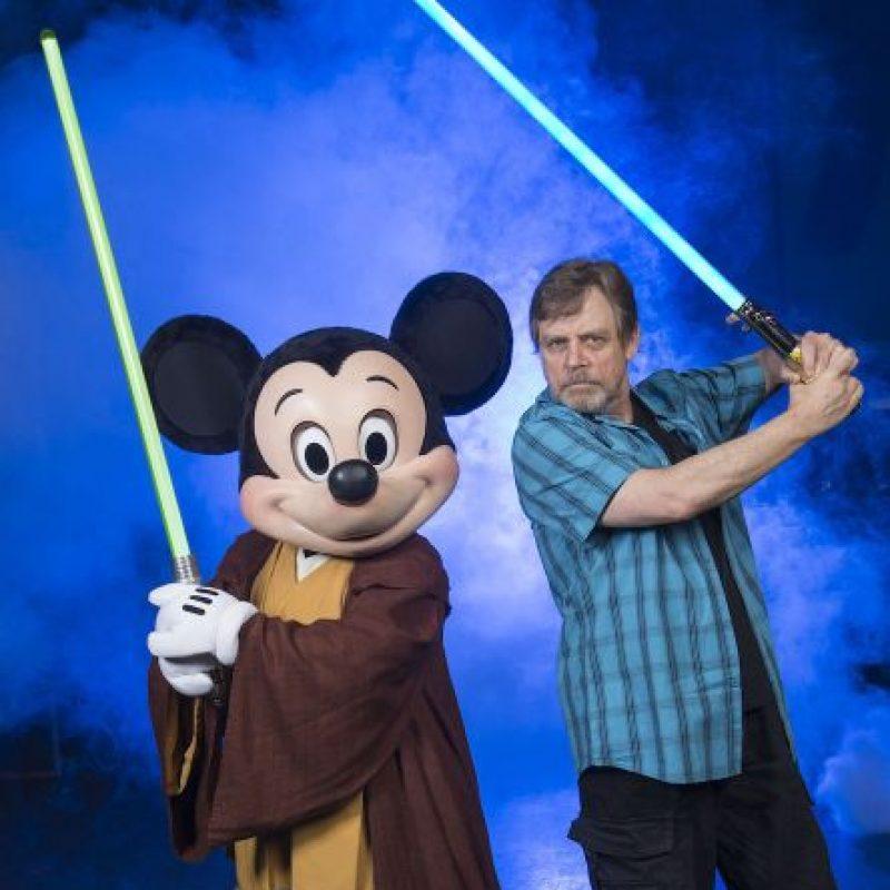 """El 30 de octubre del 2012, """"Walt Disney Pictures"""" anunció la adquisición de """"LucasFilm"""" por más de tres mil millones de dólares. Más tarde, Robert Iger, director ejecutivo de Disney, anunció que se harían tres nuevos episodios de la saga """"Star Wars"""" Foto:Getty Images"""