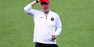 Laurent Blanc es el timonel de los galos Foto:Getty Images