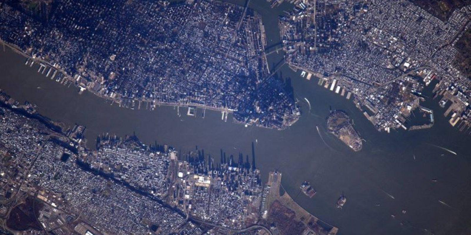 Esta es la vista de Nueva York y la Isla de Manhattan Foto:Facebook.com/pages/NASA-Astronaut-Scott-Kelly