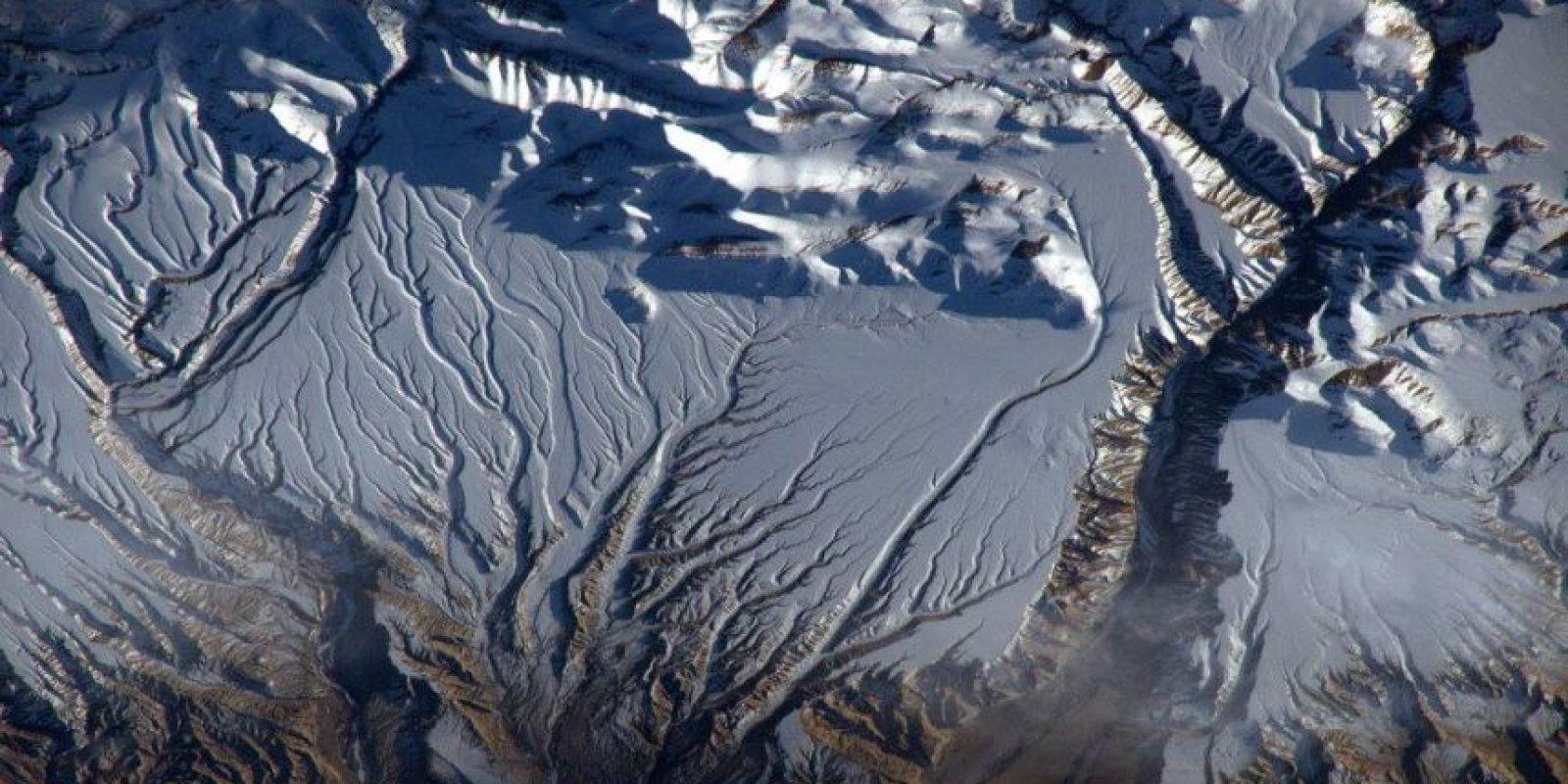 """""""Que buenas venas tienen los Himalayas"""" Foto:Facebook.com/pages/NASA-Astronaut-Scott-Kelly"""