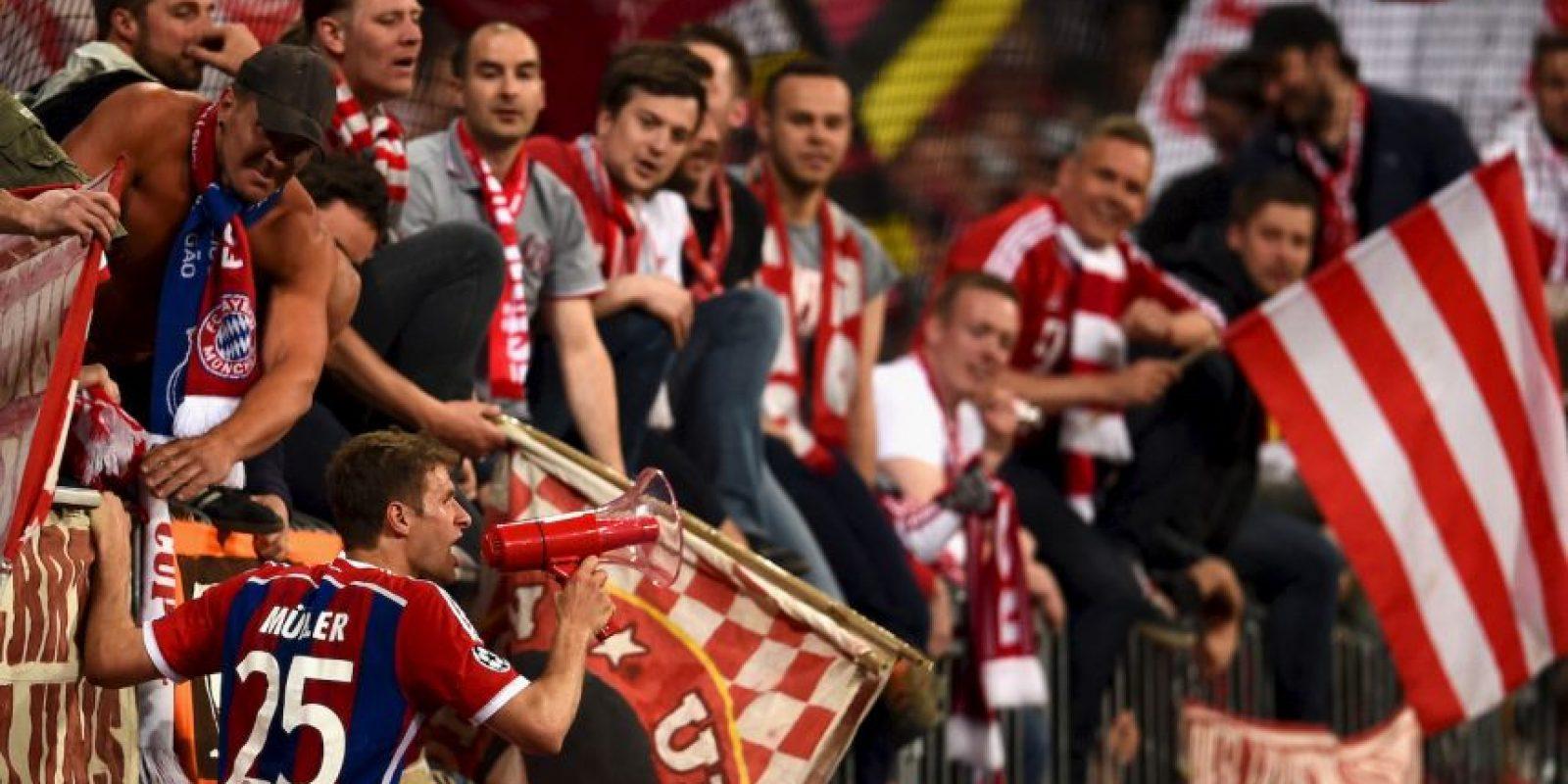 Más de 70 mil espectadores se dieron cita en el Allianz Arena para apoyar a su equipo rumbo a otra Champions League. Foto:Getty Images