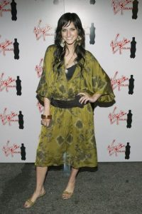 """Hippie chic no, Ashlee Simpson. Profesora """"colocada"""" de Yoga. Foto:vía Getty Images"""