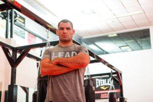 Tiene un récord en las artes marciales mixtas de 13-1 Foto:Getty Images