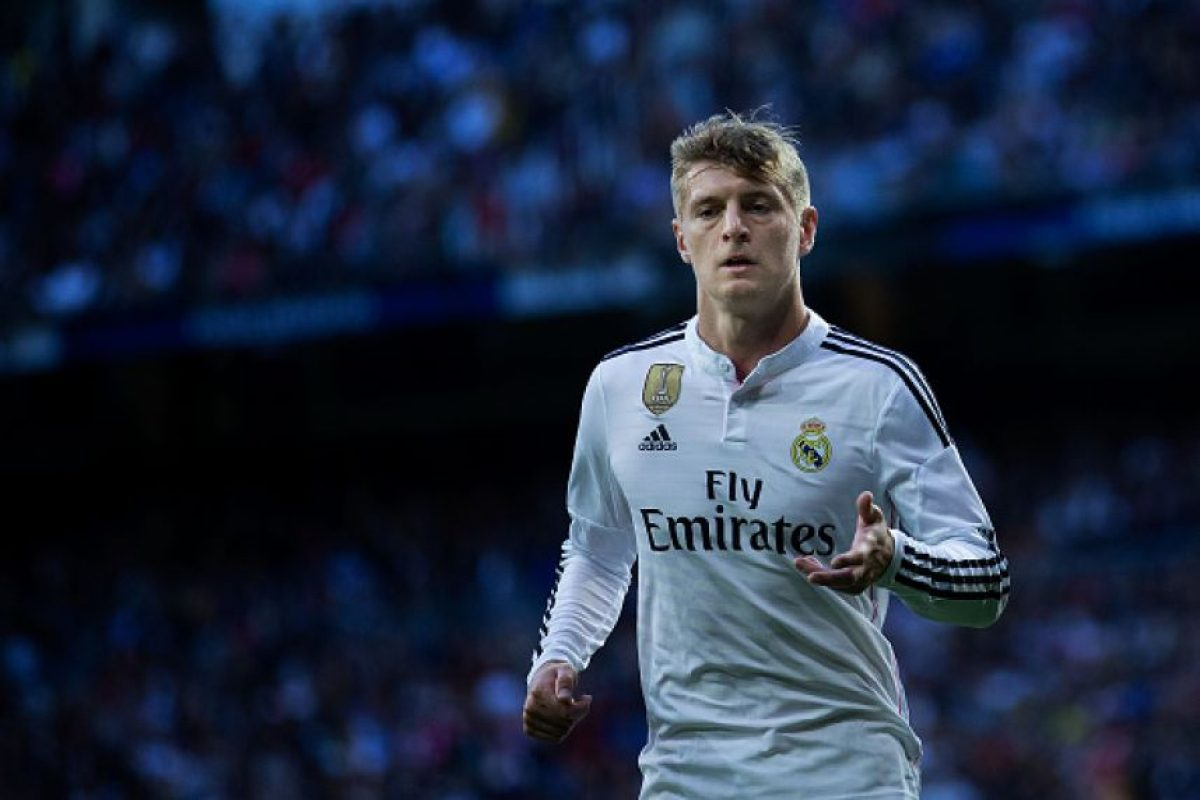 Toni Kroos comanda el medio campo Foto: Getty Images