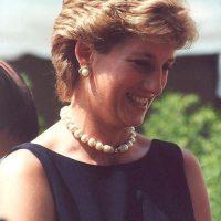 El 30 de agosto de ese mismo año, Diana y Dodi salieron del famoso hotel Ritz, con un misterioso paquete que contenía un anillo de 100 mil dólares. Foto:Wikipedia