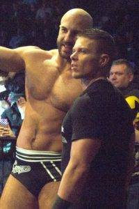 Cesaro y Tyson Kidd vs. The New Day Foto:Wikimedia