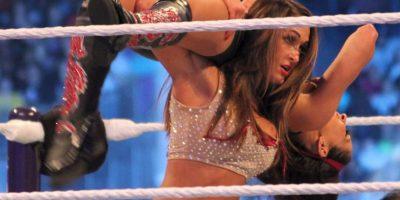 Nikki Bella vs. Naomi Foto:Wikimedia