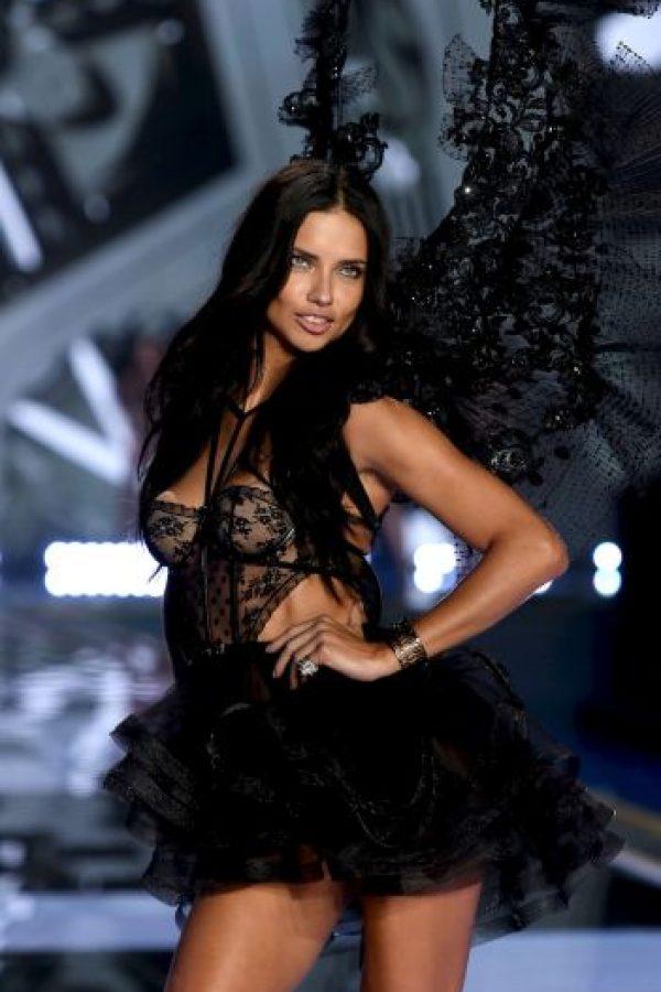 Pacquiao: Adriana Lima, supermodelo brasileña. Foto:Getty Images