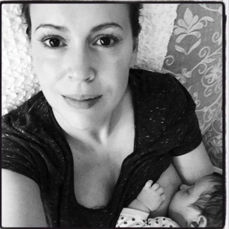 Evita que los bebés tengan alergias Foto:Vía Twitter.com/alyssamilano