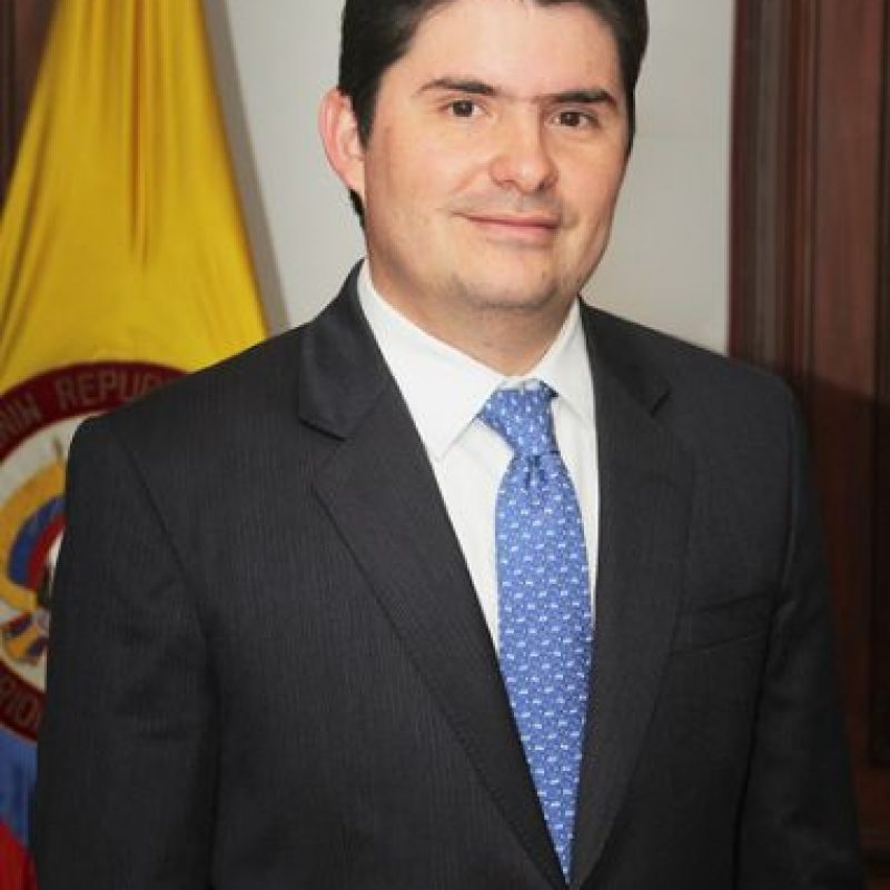 Ministro de Vivienda Luis Felipe Henao