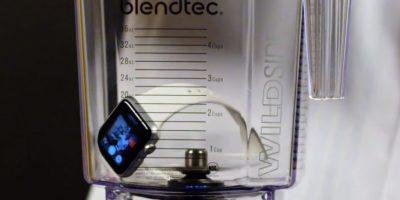 Las aspas son demasiado fuertes para el reloj inteligente. Foto:Blendtec