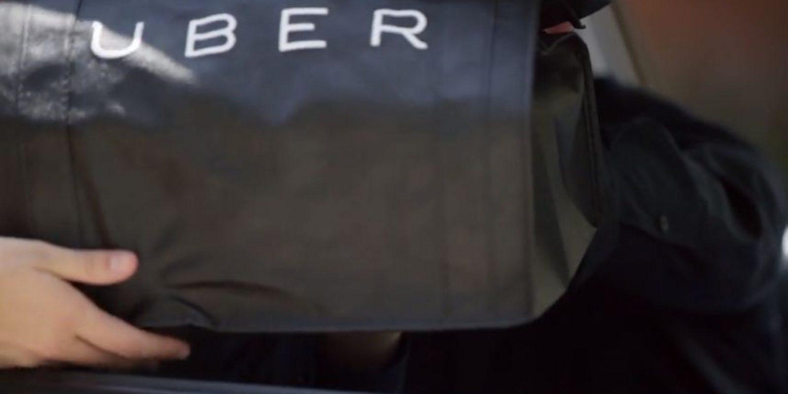 La entrega se realiza en pocos minutos. Foto:Uber