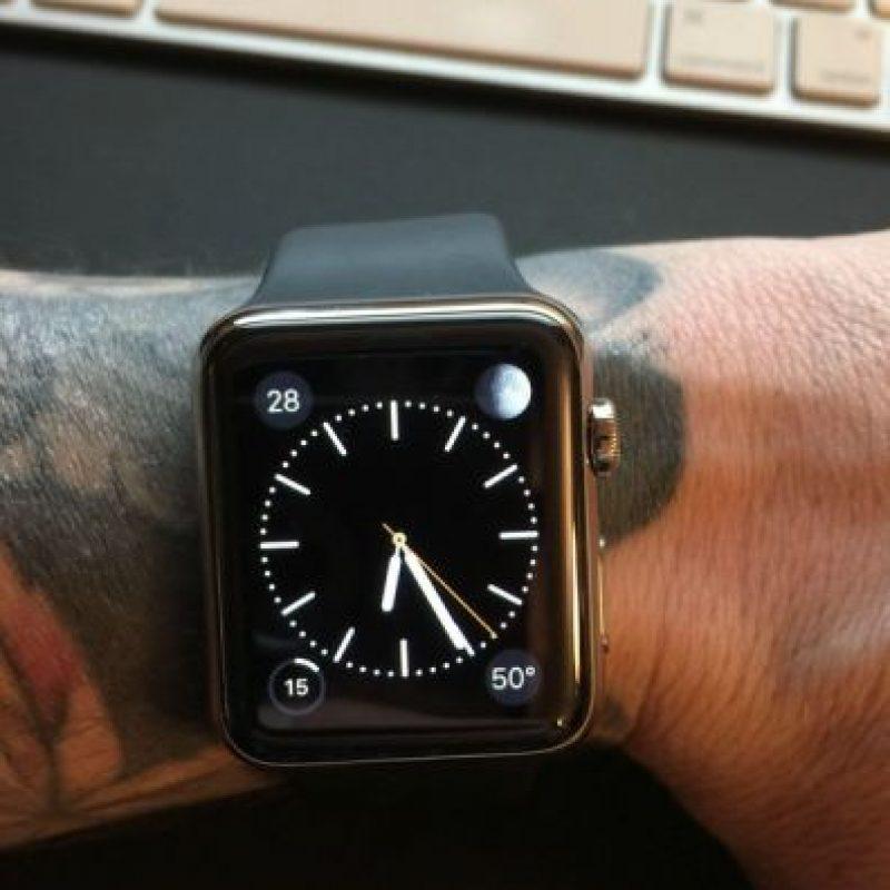Usuarios se quejan que el Apple Watch no funciona correctamente en muñecas que tienen tatuajes. Foto:Reddit