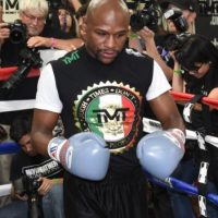 """Mientras que """"Money"""" suma 47 victorias en el mismo número de peleas en el terreno profesional. Foto:Getty Images"""