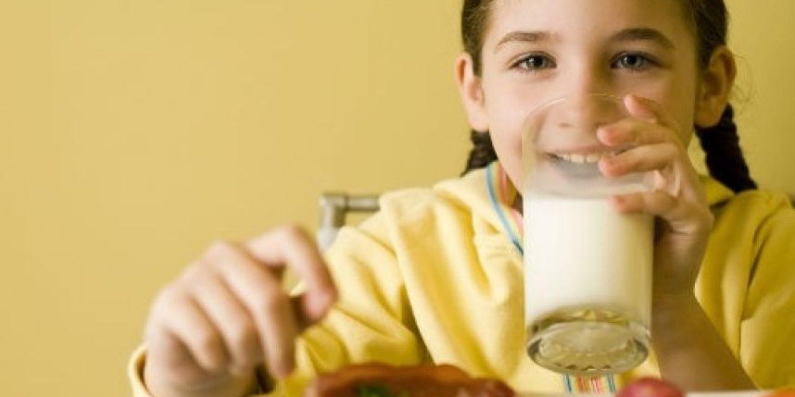Mientras tanto, la selección de leche chocolatada se redujo de 86,5 por ciento a 44,6 por ciento del total de las ventas de leche. Foto:Tumblr.com/tagged-comer-sano-niños