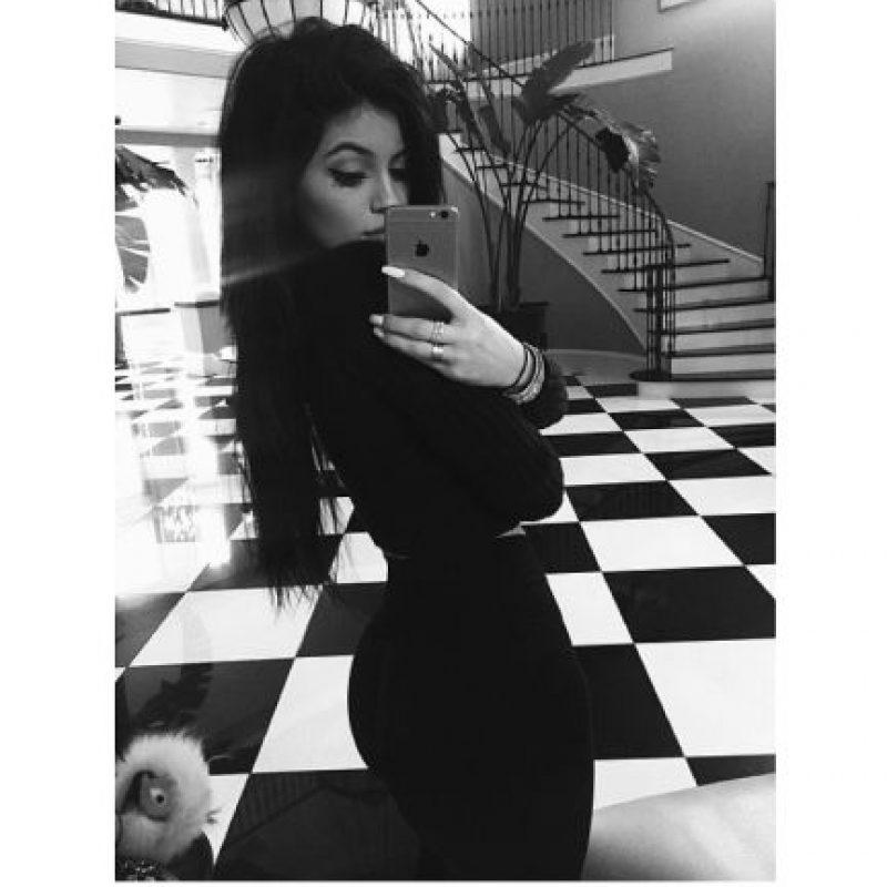 "La ""belfie"" es obra de las Kardashian. Foto:vía Instagram/Kylie Jenner"
