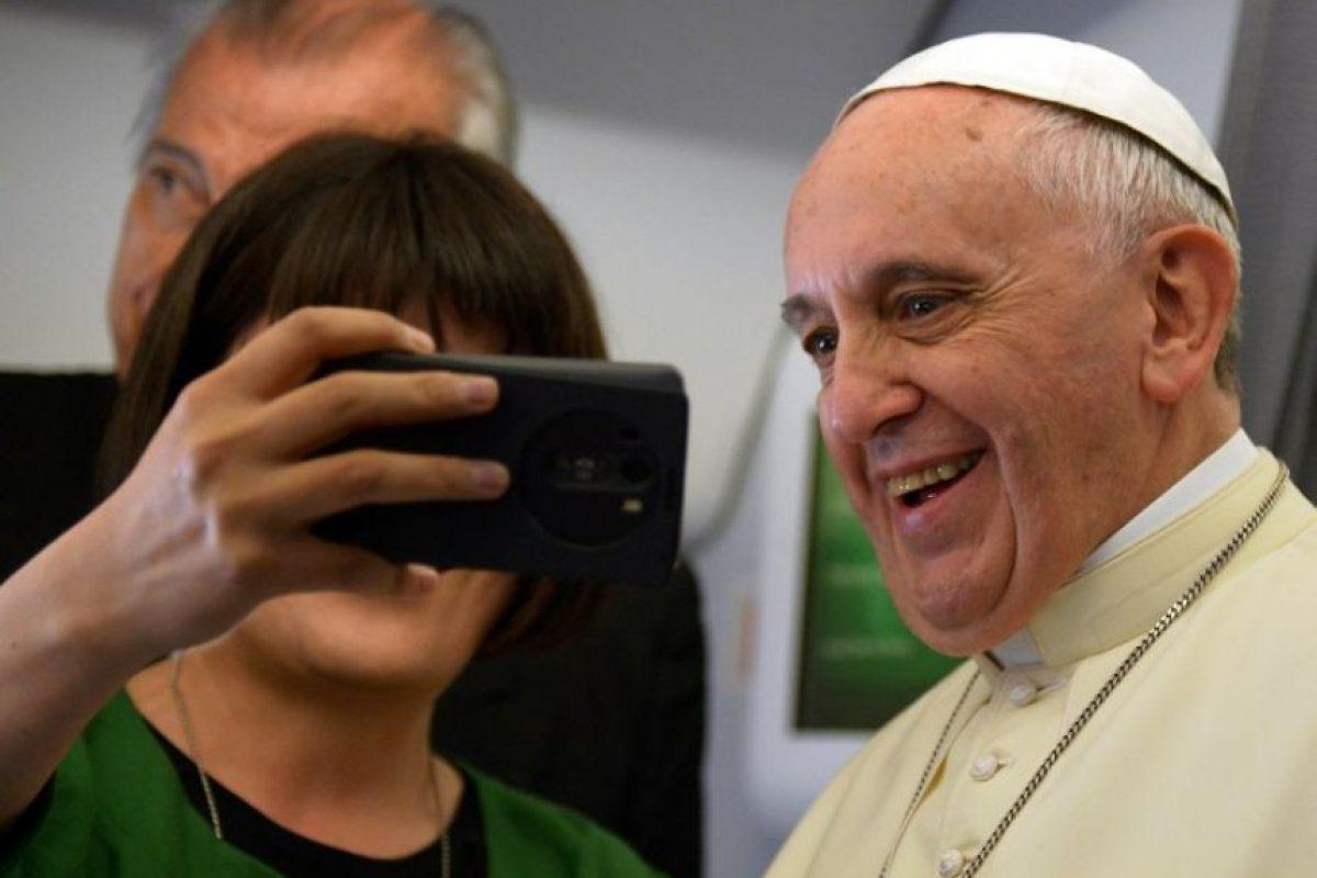 """6. """"Jesucristo también puede romper los esquemas aburridos en los que pretendemos encerrarlo y nos sorprende con su constante creatividad divina"""" Foto:AFP"""