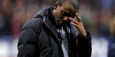 Cinco meses después de esto, Muamba anunció que dejaba el fútbol para proteger su vida. Foto:Getty Images