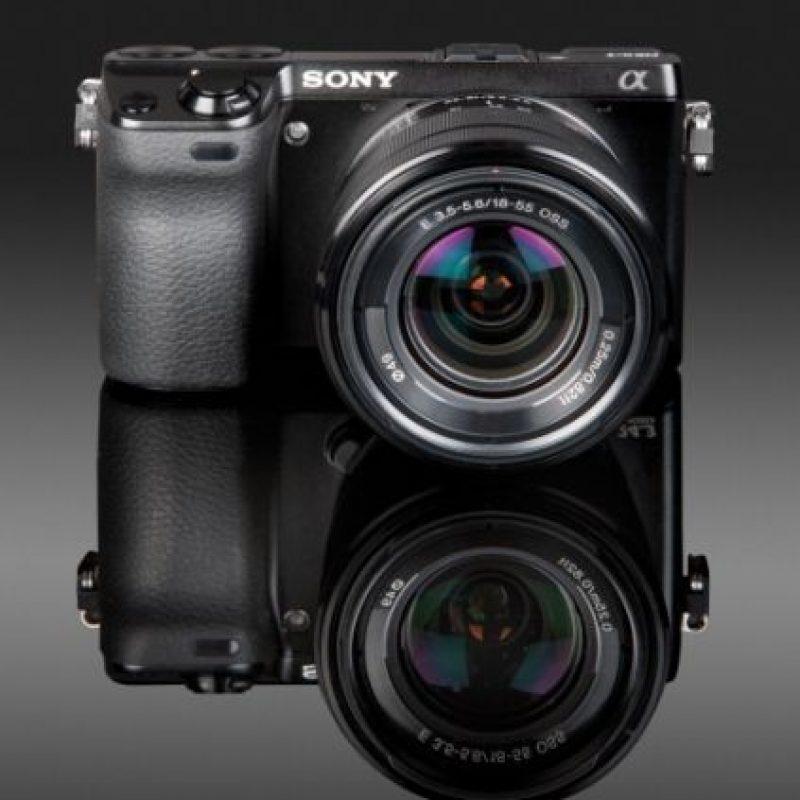 Tres (o más) Sony Alpha, considerada la mejor cámara réflex de 2014. Foto:Getty Images
