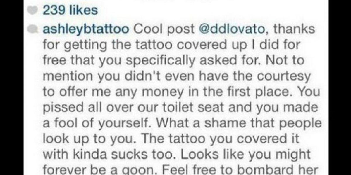 FOTOS: Tatuadora de Demi Lovato la avergüenza con este íntimo detalle