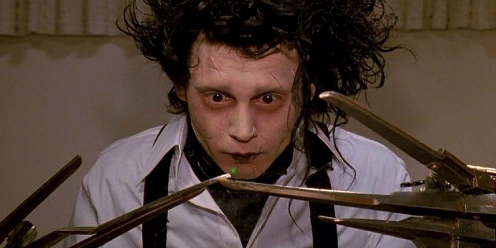 """¿Se acuerdan del joven e inocente """"Edward Manos de Tijera"""" interpretado por Johnny Depp en 1990? Aquí les mostramos cómo están sus actores en la actualidad. Foto:vía 20th Century Fox"""