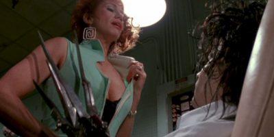 """Kathy Baker era """"Joyce"""", la chismosa vecina de """"Pegg"""" que termina por insinuársele a """"Edward"""". Foto:vía 20th Century Fox"""