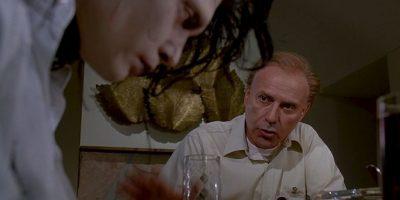 """Alan Arkin era """"Bill Boggs"""", el marido de """"Pegg"""" y padre de """"Kim"""" y """"Kevin"""". Un hombre sencillo y agobiado por el trabajo. Foto:vía 20th Century Fox"""