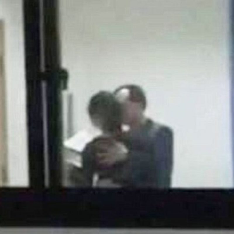 Pero su maestro no puede contenerse. Foto:vía Weibo