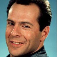 """Pero Bruce Willis y su """"Duro de Matar"""" no se quedan atrás. ¿Cuál eligen? Foto:vía Tumblr"""